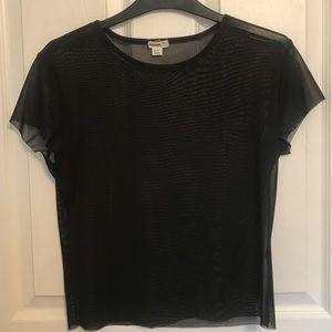 Short sleeve mesh top